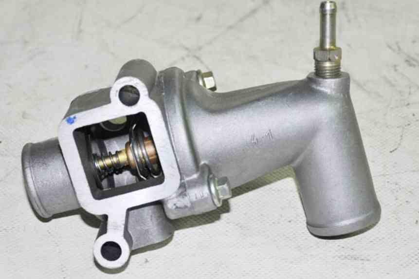 Корпус термостата газель 406 шланг термостата 50-1306028-б3