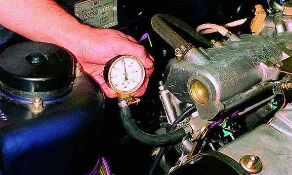 проверка давления в рампе