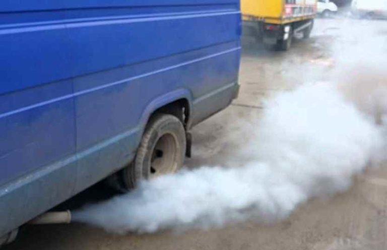 Почему дизельный двигатель дымит белым дымом
