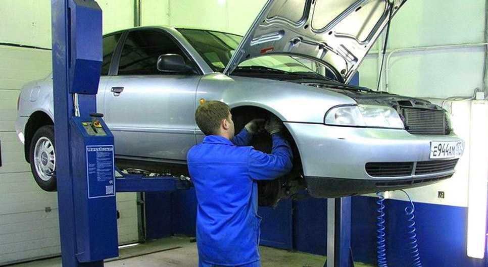 в автосалонах автомобили с пробегом проверяют по технической части