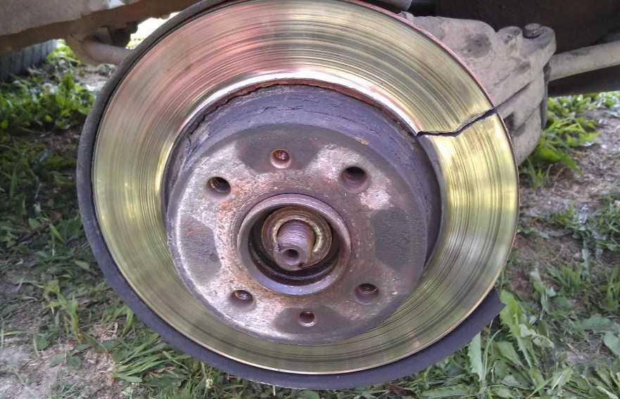 тормозной диск треснул от износа