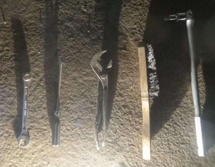 инструмент для замены колодок