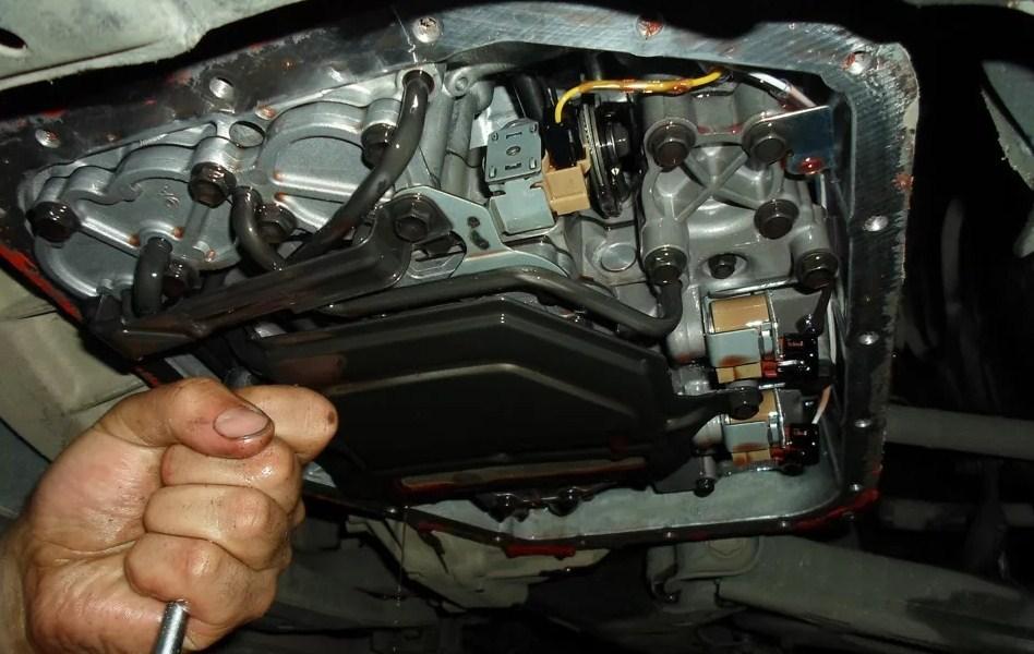 замена масла в АКПП со снятием поддона и заменой фильтра