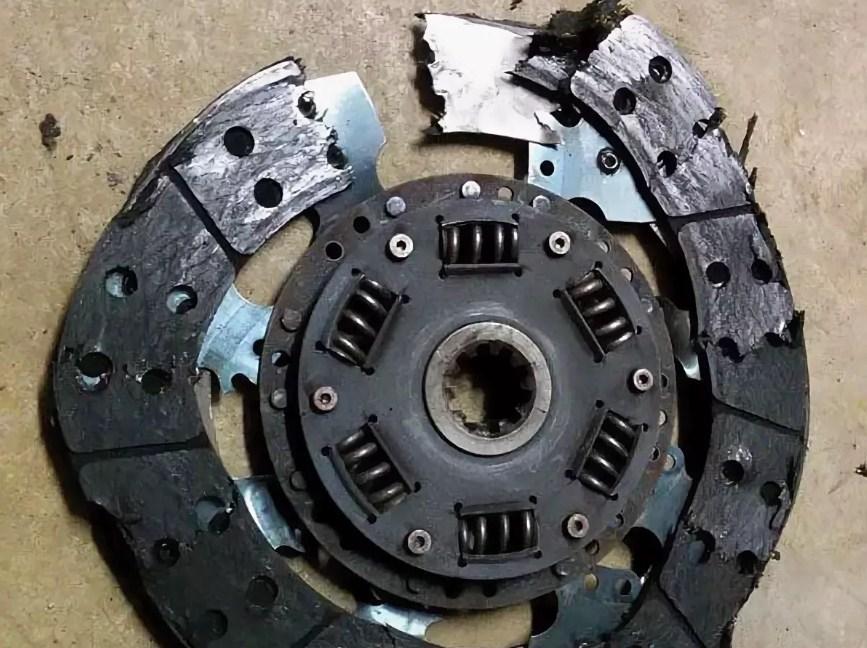 разрушился диск сцепления