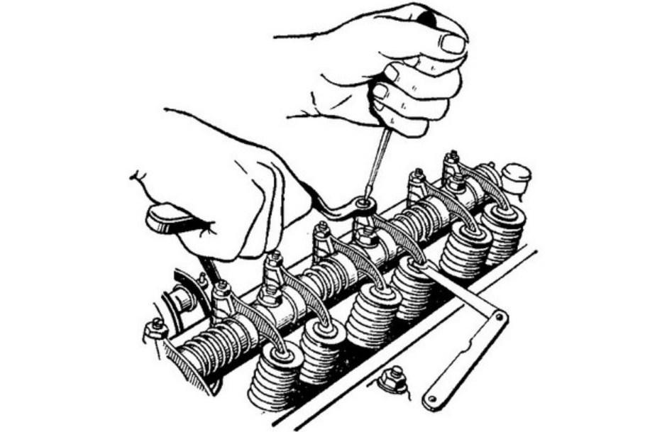 как регулировать клапанный зазор змз 402