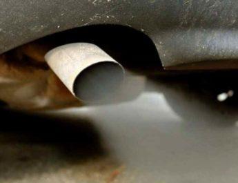черный дым при запуске холодного двигателя
