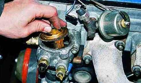 замена термостата ЗМЗ 405