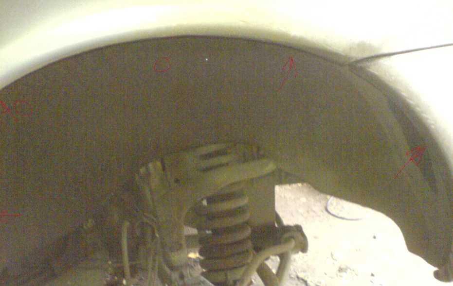 места крепления подкрылка mercedes ц163,без его снятия, топливный фильтр заменить невозможно